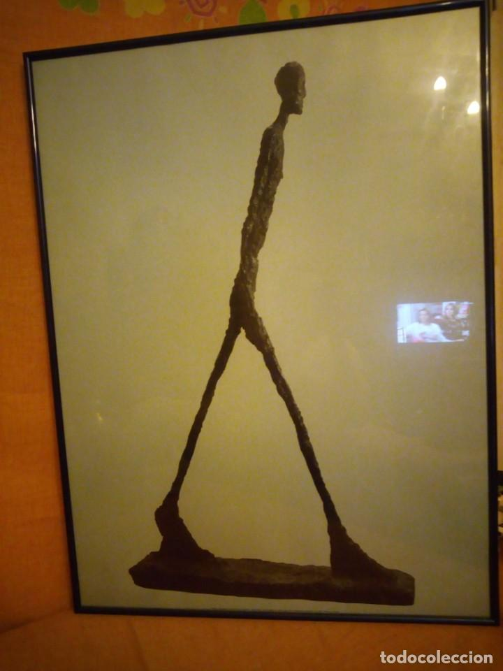 Arte: alberto giacometti el hombre que camina 1960 . foto sabine weiss 1999 - Foto 3 - 197156976