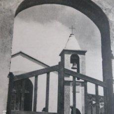 Arte: ISLA DEL HIERRO SANTUARIO DE NUESTRA SEÑORA DE LOS REYES LAMINA HUECOGRABADO ANTIGUO. Lote 200290346