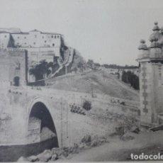 Arte: TOLEDO PUENTE DE ALCANTARA Y EL ALCAZAR CALOTIPO YERBURY 1926 23,5 X 32 CMTS . Lote 201100555