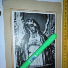 Arte: VIRGEN DOLOROSA POR JOSE DE MORA CAPILLA GRANADA SEMANA SANTA LAMINA AÑOS 30/40 Y LEYENDA TRASERA. Lote 205060251