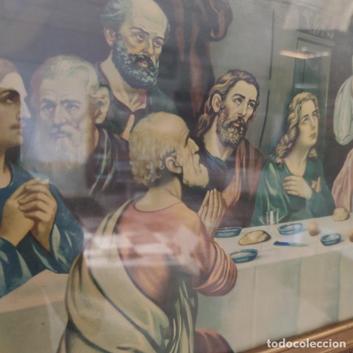 Arte: Antigua lámina religiosa. Última cena. Jesús y doce apóstoles. Marco y cristal. 87 x 45 cm. - Foto 3 - 267003519