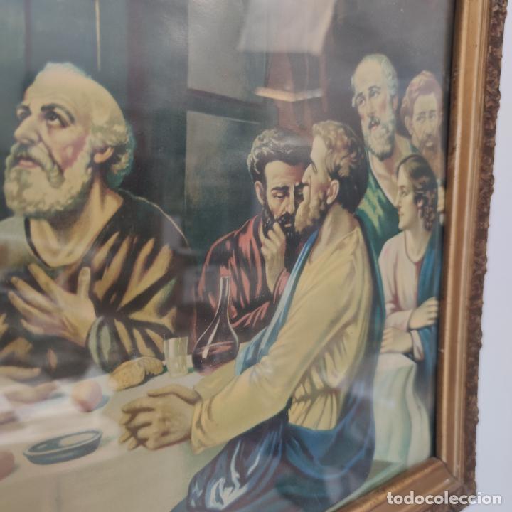Arte: Antigua lámina religiosa. Última cena. Jesús y doce apóstoles. Marco y cristal. 87 x 45 cm. - Foto 4 - 267003519