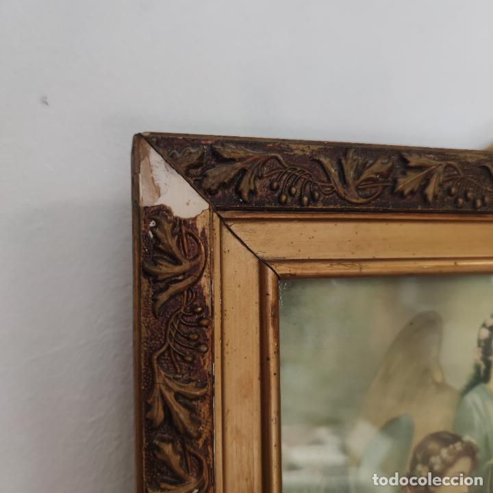 Arte: Antigua lámina religiosa. Virgen María con el niño Jesús. Marco y cristal. 87 x 45 cm. - Foto 4 - 267005209