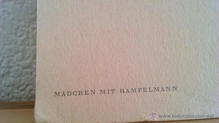 Arte: Litografía de Albert Ankel . MÄDCHEN MIT HAMPELMANN. El original fue pintado en 1875. - Foto 5 - 43716696