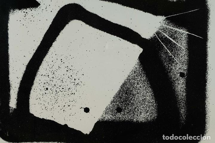 Arte: Litografía 22/50 Figura firma ilegible siglo XX - Foto 3 - 88993240