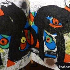 Arte: JOAN MIRO SCULPTURES CON 2 LITOGRAFIAS DE MIRO A DOBLE PAGINA. Lote 161430058
