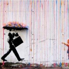 Arte: BANKSY RAIN RANBOW. 140X70 CM. CUADRO REPRODUCCIÓN EN MADERA. MURAL GRAFITTI. Lote 183061122