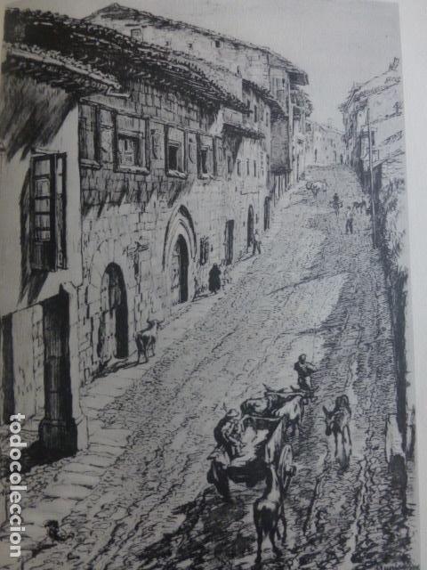 SANTILLANA DEL MAR CANTABRIA CALLE LITOGRAFIA POR ARTISTA VIAJERO INGLES BONE 13,5 X 22 CMTS (Arte - Litografías)