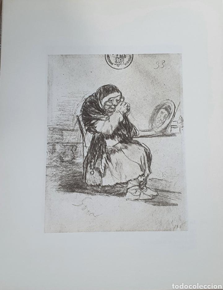 LITOGRAFIA DE GOYA. LA VIEJA DEL ESPEJO. 117 (INV 412) 192X151 DEL ÁLBUM DE BURDEOS 1824-1828 (Arte - Litografías)