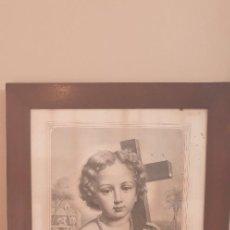 Arte: LITOGRAFIA SIGLO XIX CON MARCO DE CAOBA NIÑO DE LA BOLA O SALVADOR DEL MUNDO. Lote 229804800