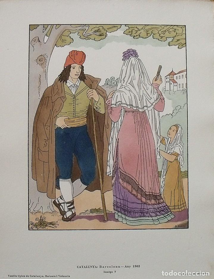 JOAN D'IVORI. VESTITS TÍPICS DE CATALUNYA. BARCELONA. ANY 1802. ORBIS. 1935. COLOREADA A MANO. (Arte - Litografías)