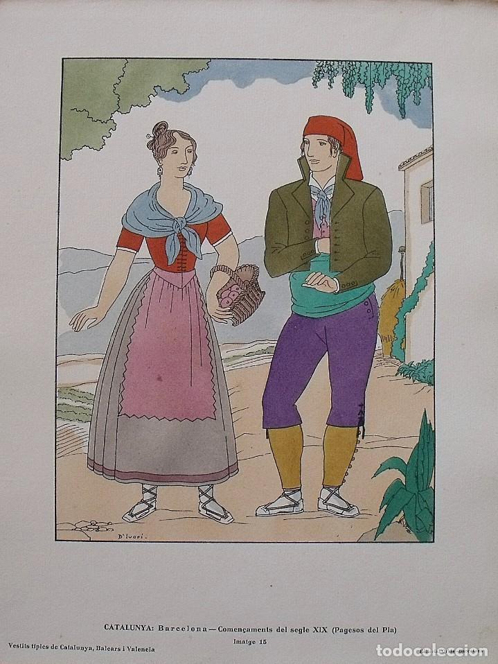 JOAN D'IVORI. VESTITS TÍPICS DE CATALUNYA. BARCELONA. SEGLE XIX. ORBIS. 1935. COLOREADA MANO. (Arte - Litografías)