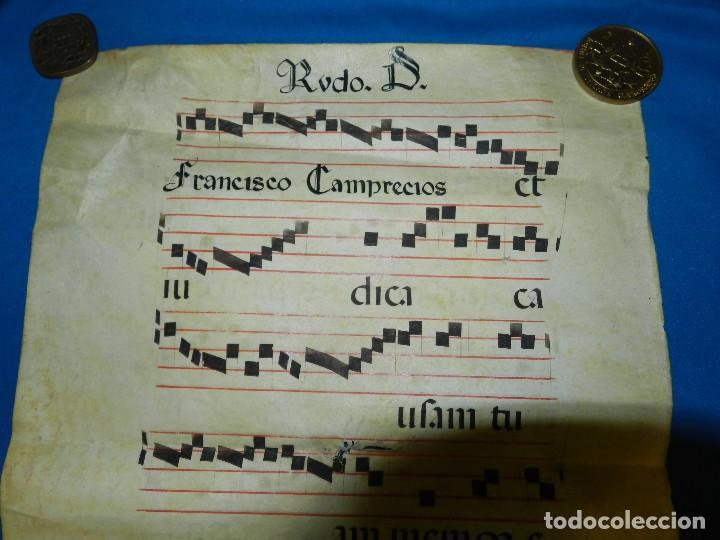 Arte: (MF) HOJA DE PERGAMINO CANTORAL 56 X 41 CM, HAN PUESTO LA FECHA POSTEIOR, NO CORRESPONDE AL CANTORAL - Foto 4 - 111618679