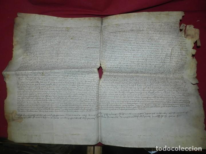 (M) PERGAMINO DE CARDONA S.XVIII, 60X45 CM, SEÑALES DE USO CON ROTURITAS (Arte - Manuscritos Antiguos)