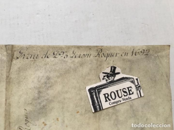 Arte: (M) BARCELONA 1692 - ANTIGUO MANUSCRITO SOBRE PERGAMINO 4 pág. GRAU DE Dor a GERONI ROQUER EN 1692 - Foto 3 - 202255923