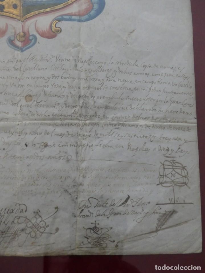 Arte: ESCUDO DE ARMAS PINTADO EN ACUARELA Y ORO SOBRE PERGAMINO SIGLO XVII AÑO 1672 ENMARCADO CON CRISTAL - Foto 9 - 205595213