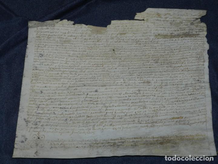 (M) ANTIGUO DOCUMENTO PERGAMINO MEDIEVAL MANUSCRITO SOBRE PERGAMINO AÑO 1581, 32X27CM (Arte - Manuscritos Antiguos)