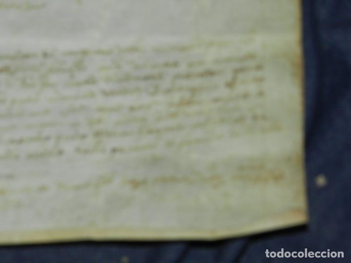 Arte: (M) PERGAMINO MEDIEVAL 1581 GERUNDE / GERONA - 43X39CM, SEÑALES DE USO DE LA ÉPOCA - Foto 15 - 216436235