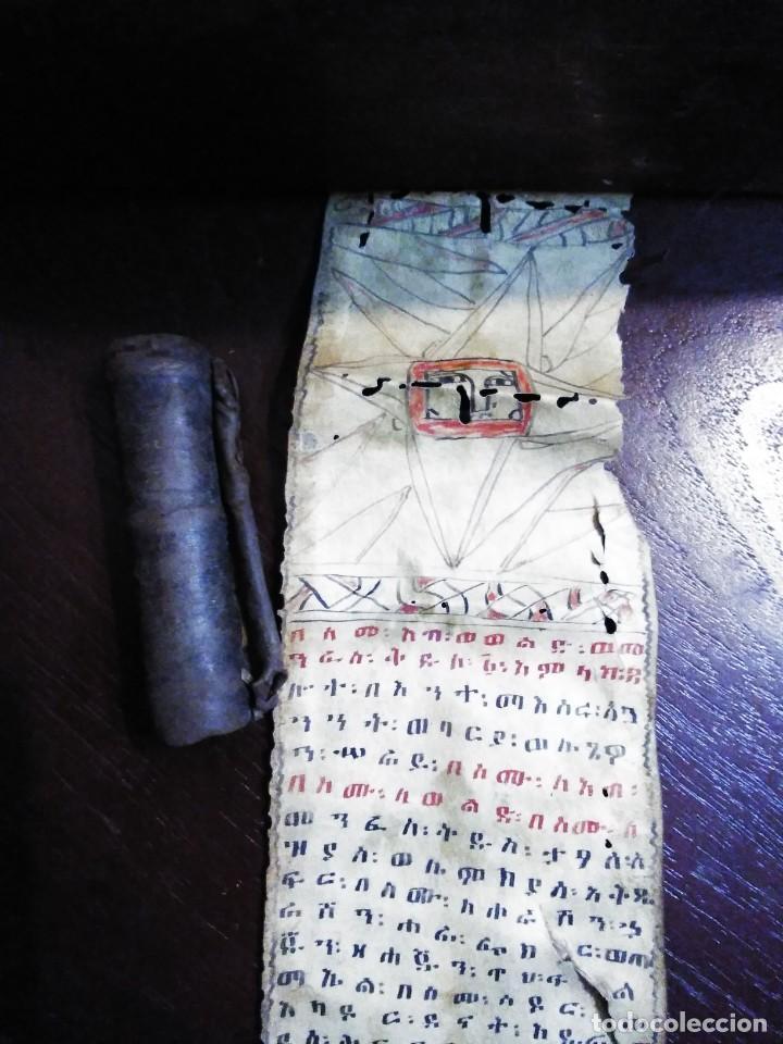 MANUSCRITO PERGAMINO CRISTIANO COPTO. KITAB CON ESTUCHE / OLD COPTIC PARCHMENT (Arte - Manuscritos Antiguos)