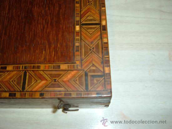 Arte: caja de pinturas en caoba y marqueteria de diferentes maderas enfajadas s XIX - Foto 5 - 26359329
