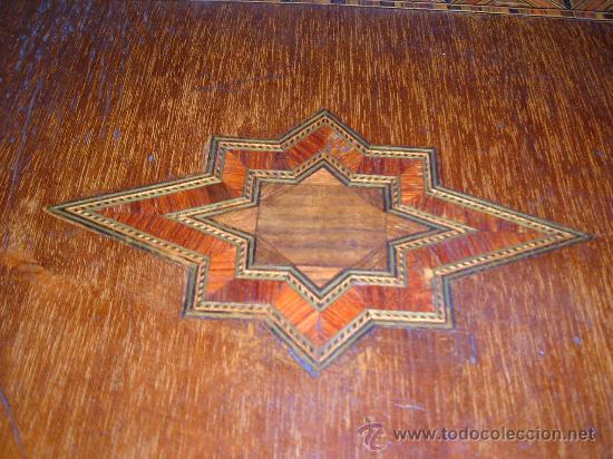 Arte: caja de pinturas en caoba y marqueteria de diferentes maderas enfajadas s XIX - Foto 6 - 26359329