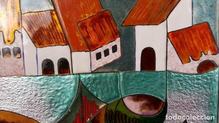 Arte: PAISAJE DE PUEBLO. CHIVA. VALENCIA. ESMALTE SOBRE CERÁMICA. PUIGMARTÍ. SIGLO XX. - Foto 5 - 88133424