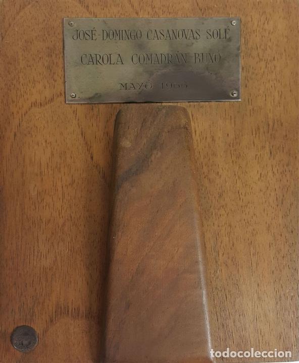 Arte: RETRATO DE JOVEN. ESMALTE SOBRE METAL. REMATES DE PLATA. CIRCA 1960. - Foto 4 - 109260087