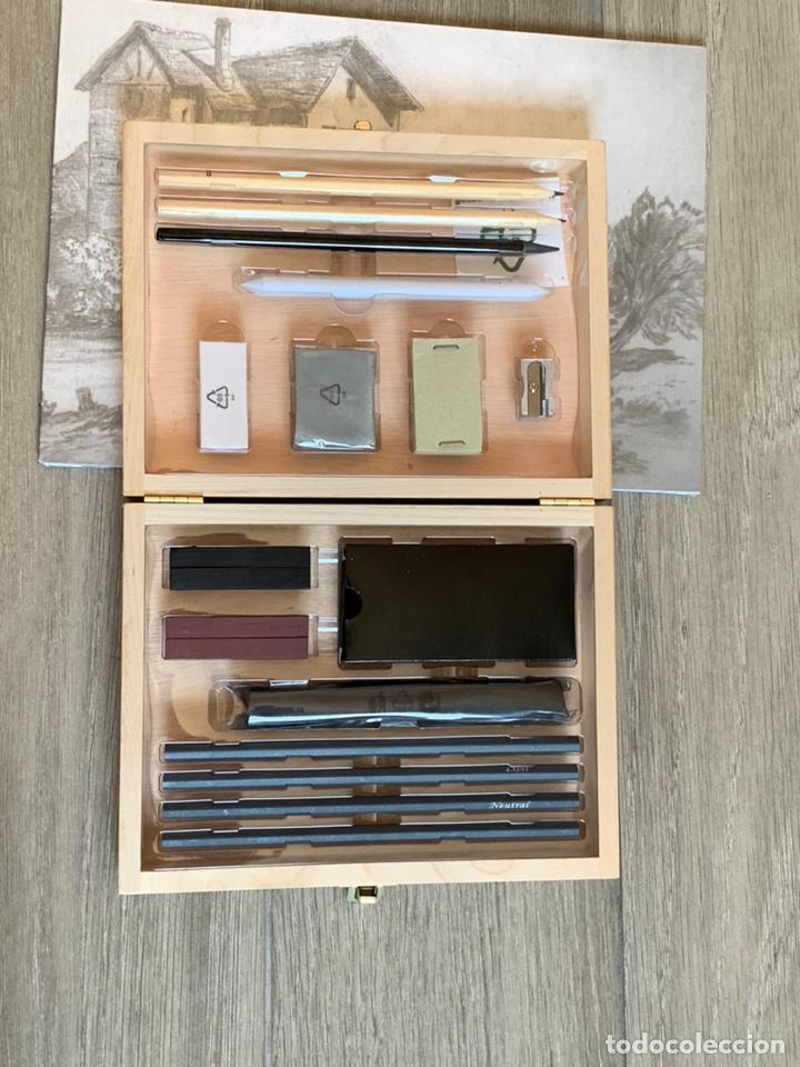 Arte: Set de carboncillos para dibujo en maletín de madera de abedul nuevo más un bloc para bocetos - Foto 2 - 171232943