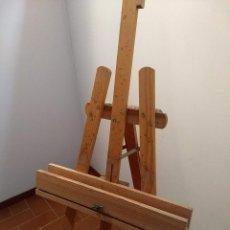 Arte: GRAN CABALLETE DE PINTOR TIPO TRÍPODE. Lote 236868410