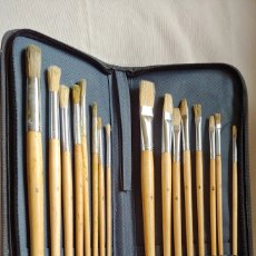 Arte: ESTUCHE 16 PINCELES. Lote 176927570
