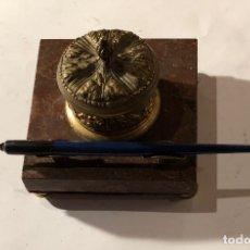Arte: INSTRUMENTOSDEDIBUJO,MEDIDAYCALCULO-TINTERO BRONCE ANTIGUO(41€). Lote 177017105