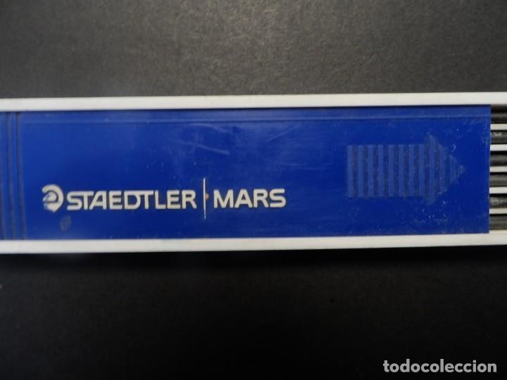 12 MINAS STAEDTLER MARS CARBON 2 MM. MADE GERMANY. SIGLO XXI. SIN USAR (Arte - Material de Bellas Artes)