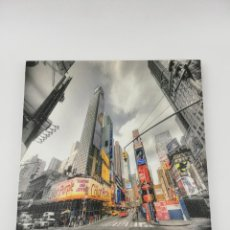 Arte: LIENZO TELA NEW YORK 28X28. Lote 246774965