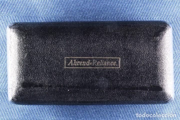 Arte: Caja con bigotera Ahrend. Completa. S.XX. Box with Ahrend mustache holder. Complete. - Foto 4 - 268127119