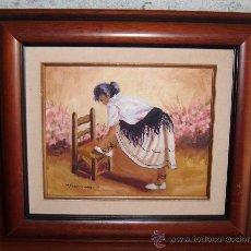 Arte: CUADRO AL OLEO CON MOZA CALZANDOSE ENMARCADO. Lote 32346854