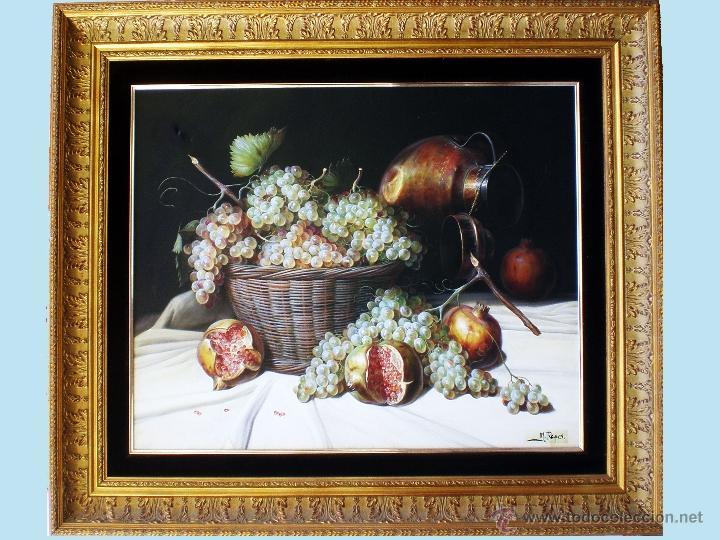 REYES, MANUEL.-MADRID. -BODEGON- OLEO SOBRE LIENZO.85 X 70 CM. HIPERREALISMO.FIRMADO-MARCO DE LUJO (Arte - Pintura - Pintura al Óleo Moderna sin fecha definida)