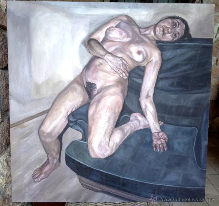 Pintura Figurativa Mujer Desnuda Sobre Sofá