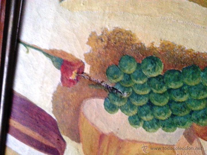Arte: BODEGÓN GRANDE EN OLEO SOBRE LIENZO A LA MANERA NAIF, ENMARCADO. NECESITA PARCHE - Foto 4 - 54490192