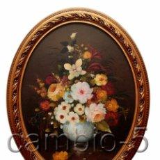 Arte: 1 CUADRO CON MARCO OVALADO DE FLORES, ÓLEO SOBRE TABLA. FIRMADO ANTONI CHIC. Lote 56265010