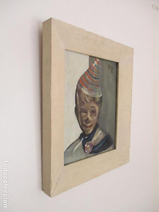 Arte: Antiguo Cuadro - Óleo sobre Tela - Retrato Payaso - Titulo, Aprendiz de Payaso - Firma Bali -Año 56 - Foto 2 - 87807260