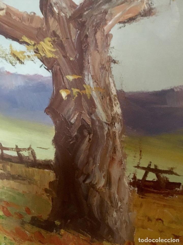 Arte: Cuadro Oleo pueblo Leon vistas rio Angel Hernandez Merino enmarcado 71x84 cm - Foto 3 - 88334320