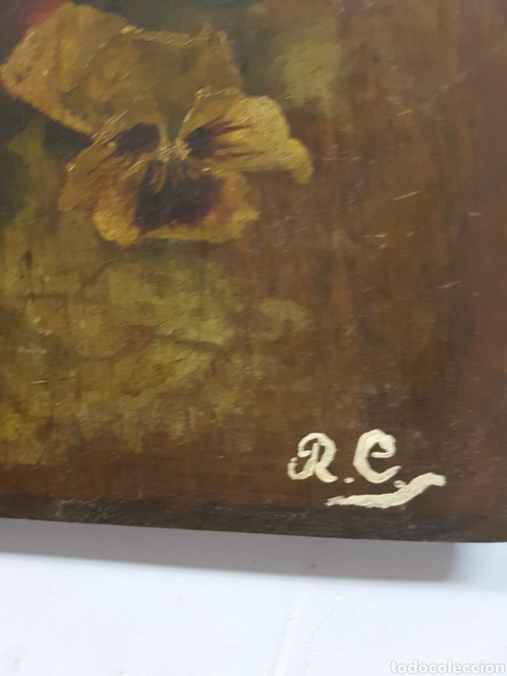 Arte: ANTIGUO OLEO SOBRE TABLA, MOTIVOS FLORALES, FIRMADO R.C. 23x43cm - Foto 3 - 92737992