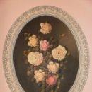 Arte: CUADRO FLORAL PINTADO AL OLEO SOBRE TABLERO - FIRMADO RUS - MARCO OVALADO EN PVC .. Lote 96467675