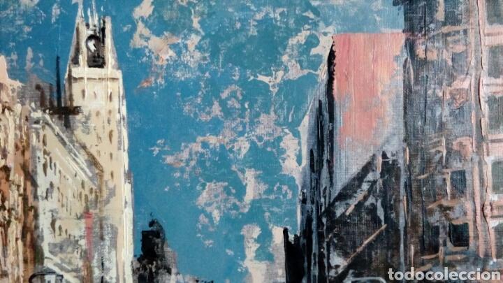 Arte: Gran Vía de Madrid, tecnica mixta sobre lienzo, sin bastidor, de Javier Torices, firmado - Foto 4 - 113579251