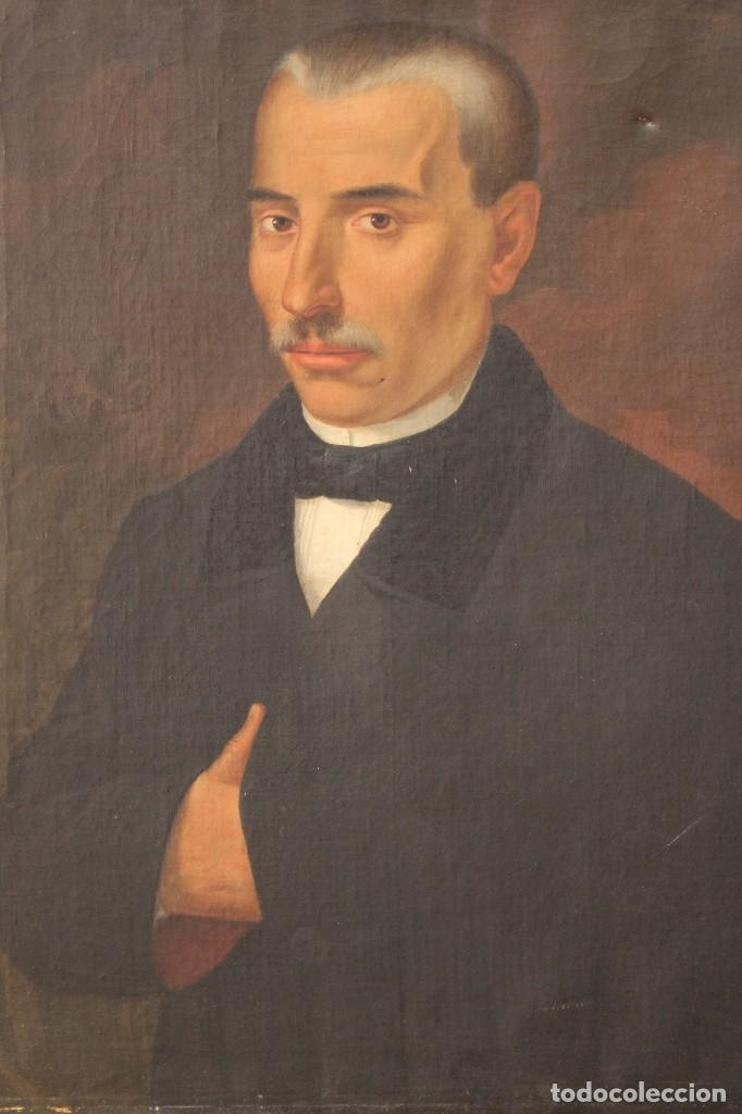 Arte: Antigua pintura al óleo sobre lienzo con retrato de gentilhombre - Foto 2 - 114361203
