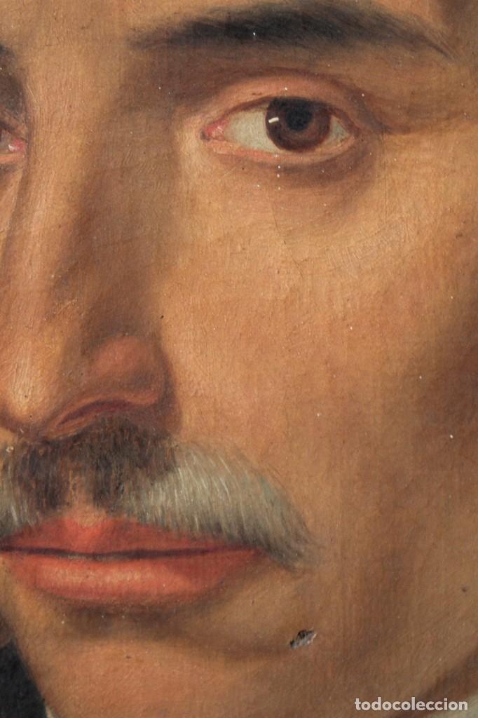 Arte: Antigua pintura al óleo sobre lienzo con retrato de gentilhombre - Foto 5 - 114361203