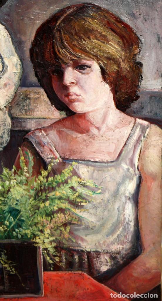 Arte: ANTONIO POVEDANO MARRUGAT (Córdoba, 1955) OLEO SOBRE TELA. INTERIOR CON FIGURA Y MUÑECA - Foto 3 - 120913043