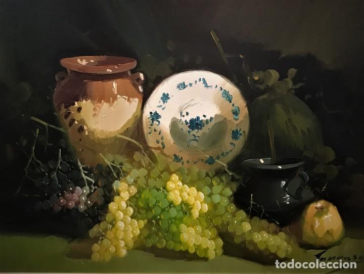 Arte: bodegon con uvas y plato de talavera, firmado tarraso - Foto 3 - 121454499