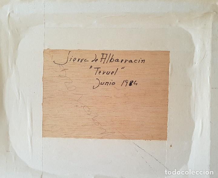 Arte: == H03 - BONITO OLEO - PAISAJE SIERRA DE ALBARRACIN 1984 - FIRMADO BENEDICTO - 30 X 24 SIN MARCO - Foto 4 - 125275351