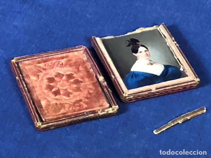 Kunst: miniatura ferrotipo pintado joven con peinado flecha ave perlas estuche origen no firma calidad 8x7c - Foto 4 - 126805419